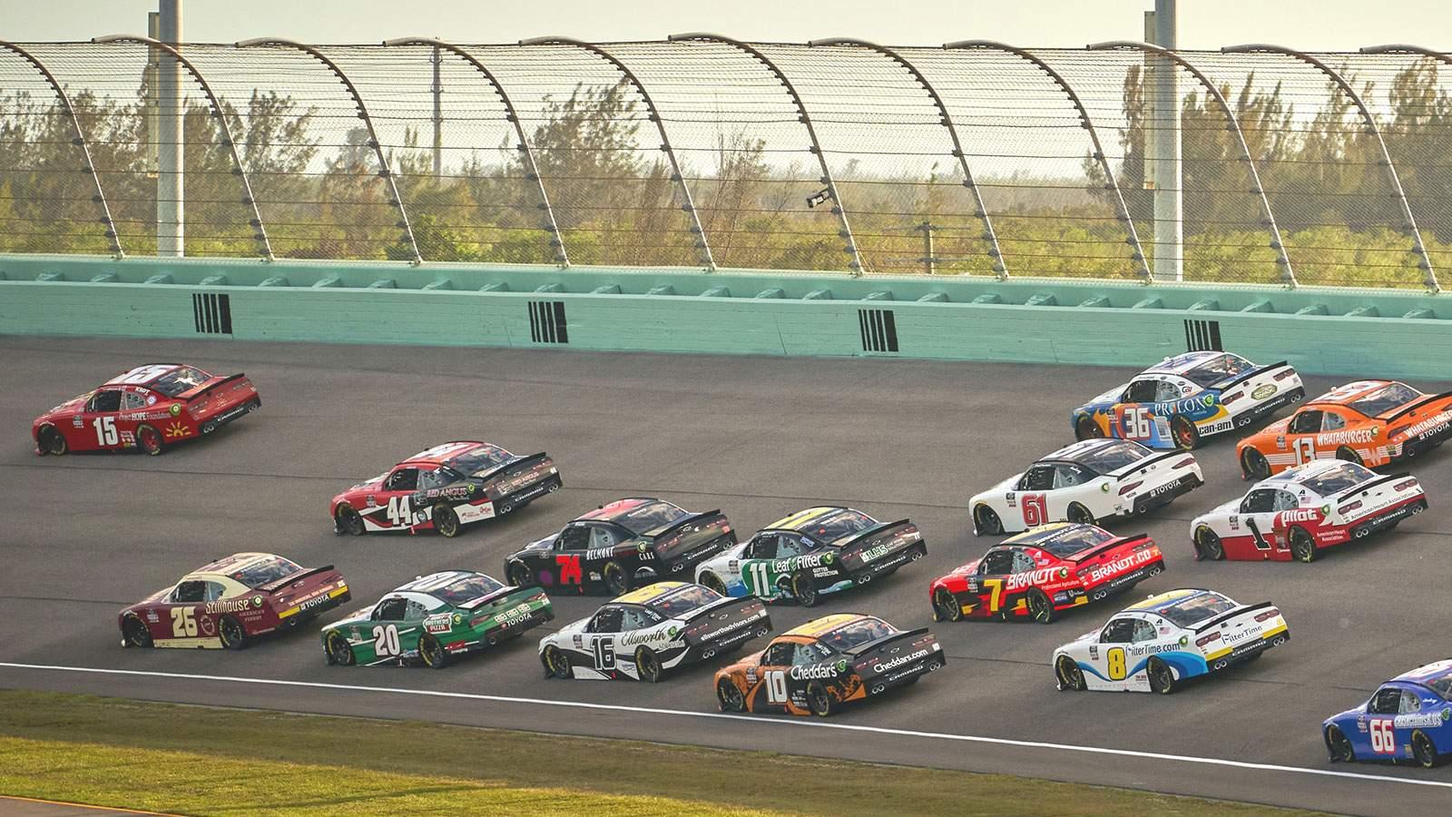 NASCAR Cup Series - Hollywood Casino 400 (Reduced Capacity, Social Distancing)