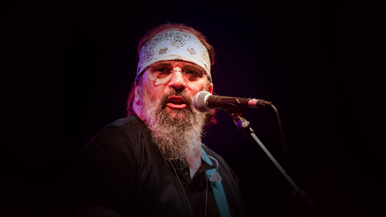 Steve Earle (Rescheduled from 6/22/2020, 8/15/2020)