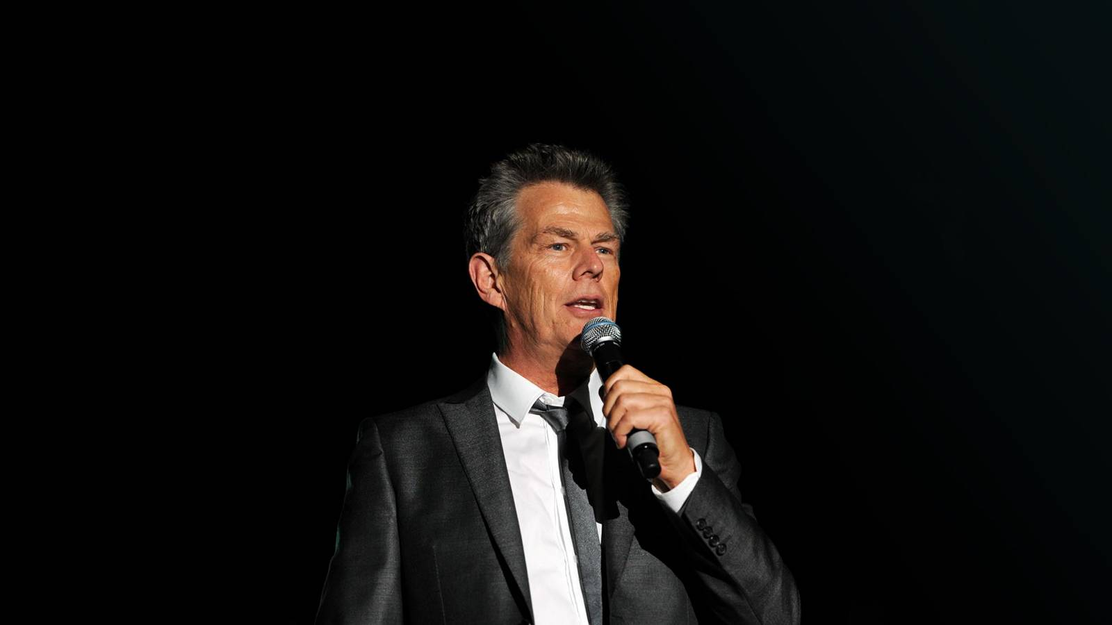 David Foster (Rescheduled from 4/24)