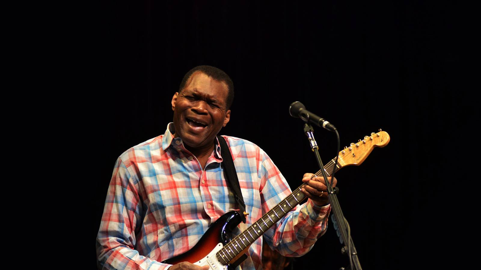 Robert Cray (Rescheduled from 3/15/2020, 9/9/2020)