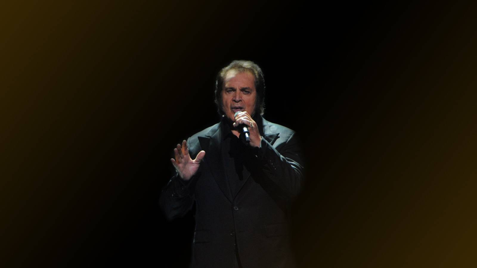 Engelbert Humperdinck (21+ Event) (Rescheduled from 3/28/2020)