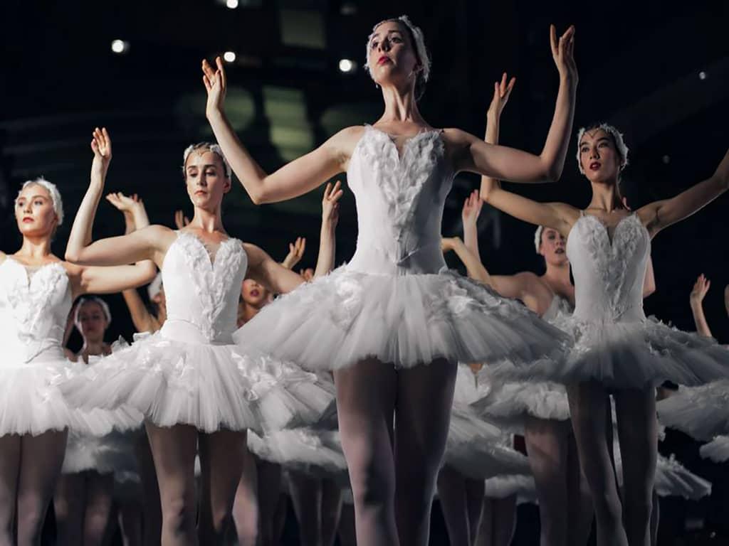 Tania Perez-Salas Compania de Danza