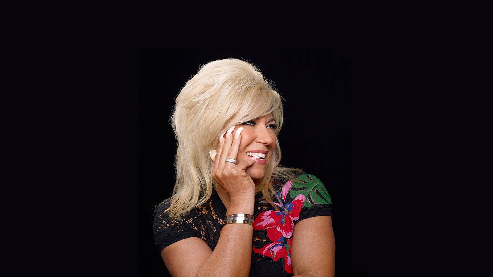 Theresa Caputo (Rescheduled from 4/19)