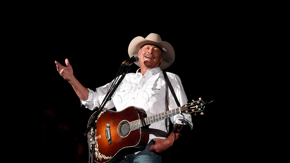 Alan Jackson (Rescheduled from 3/26/2020, 6/25/2020, 2/6/2021)