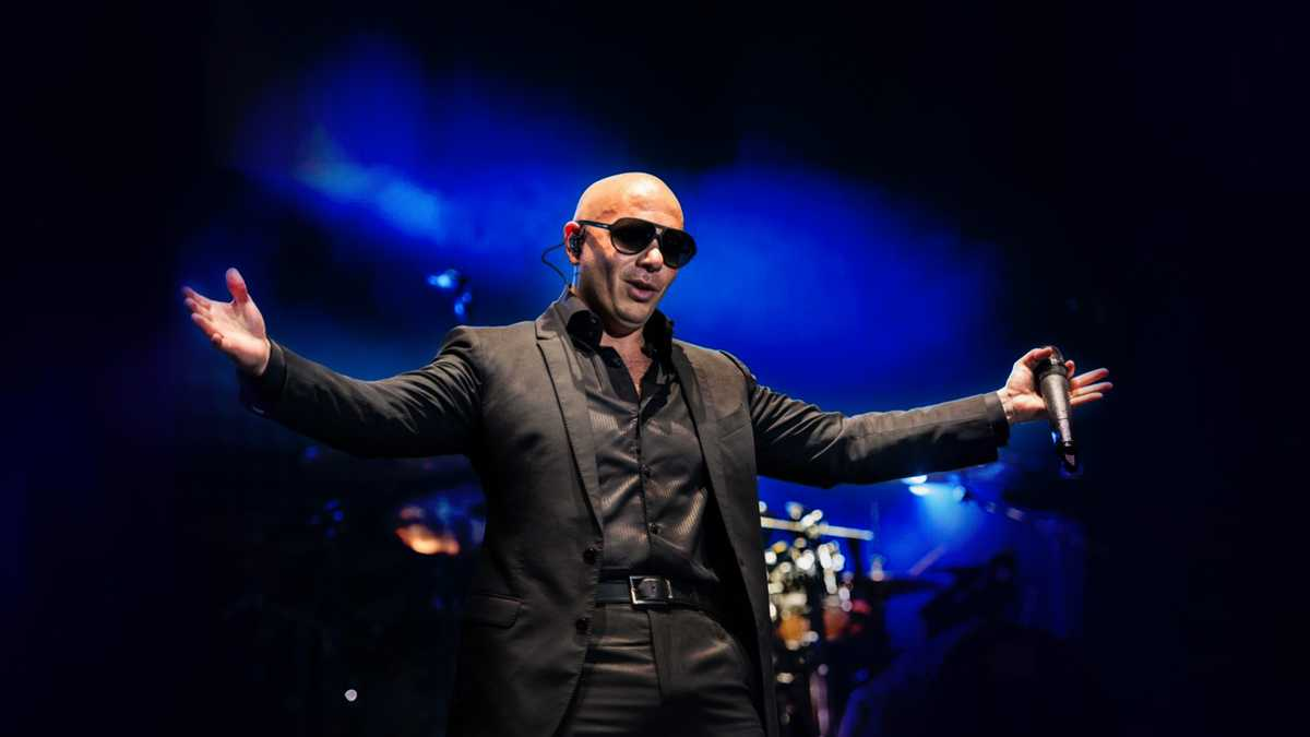 Pitbull (Rescheduled from 3/26/2020, 6/28/2020, 11/12/2020, 3/25/2021, 6/24/2021)