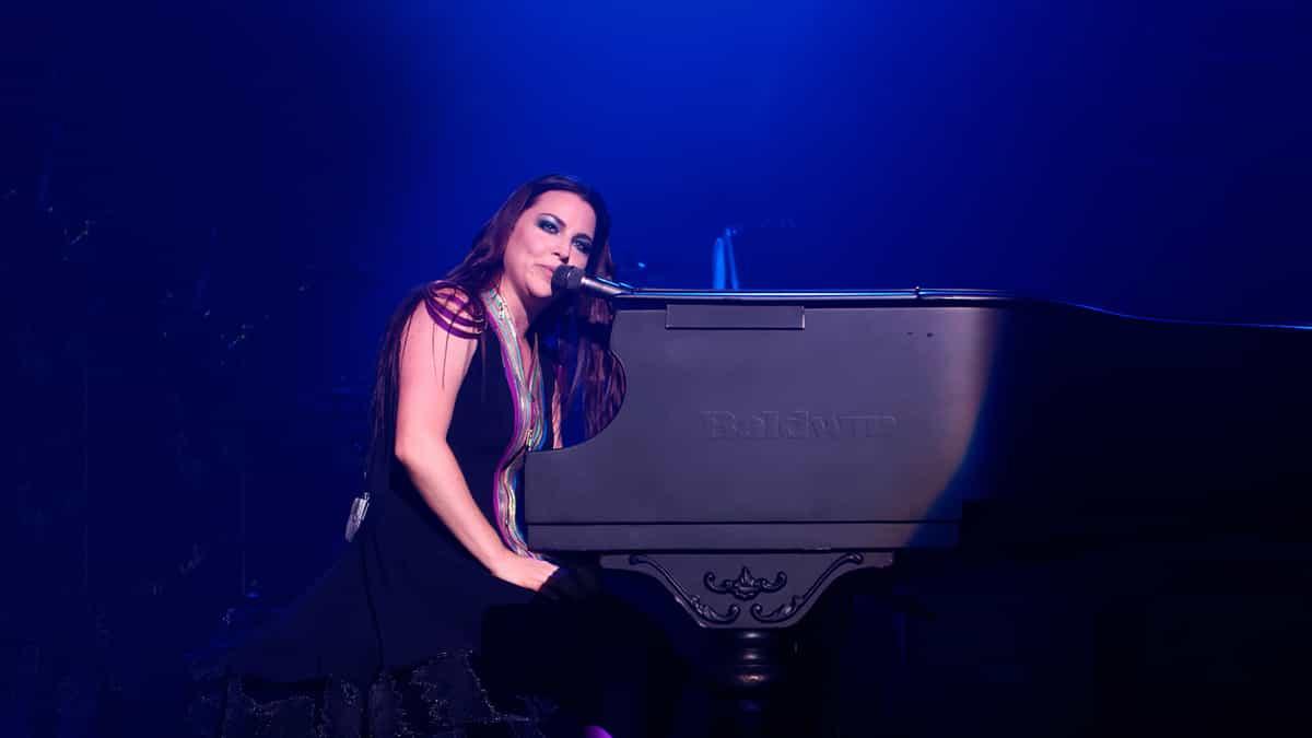 Evanescence and Halestorm