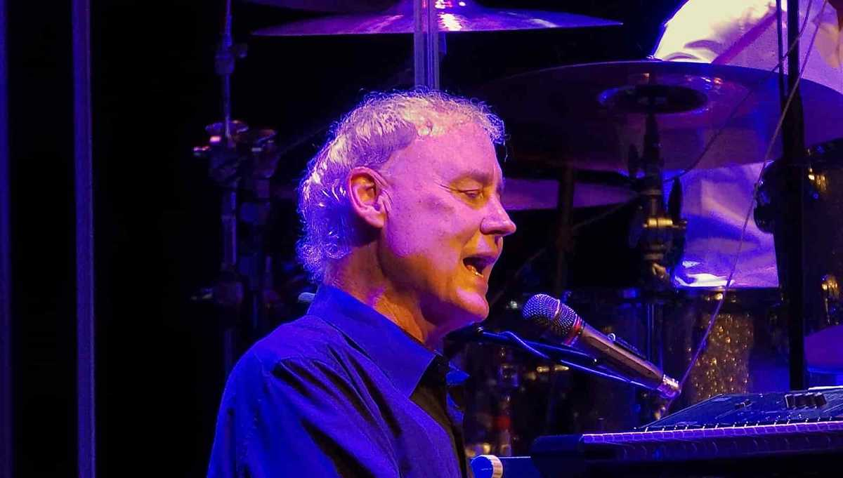 Bruce Hornsby (Rescheduled from 3/28/2020, 11/18/2020)