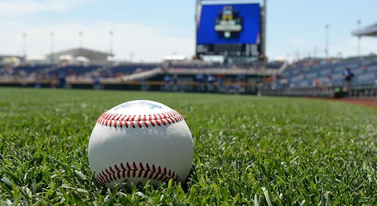 NCAA Baseball Super Regionals Tickets