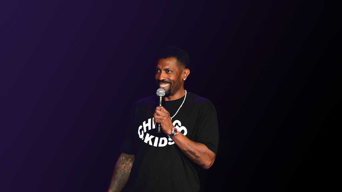 Deon Cole (Rescheduled from 6/12/2020, 1/29/2021)