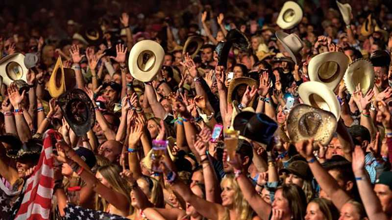 2022 Country Fest - Friday Pit Pass